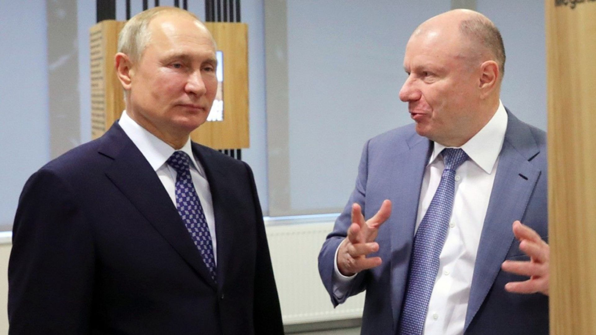 Путин смъмри най-богатия руснак заради екокатастрофата в Арктика