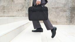 Българска следа в световния банков скандал за трилиони