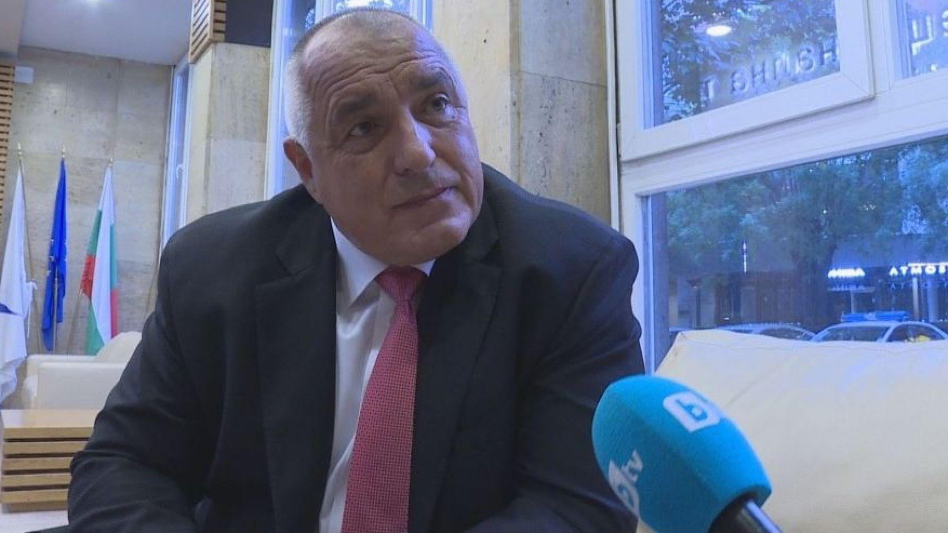 Министър-председателят Бойко Борисов отрече категорично твърденията на Васил Божков, че