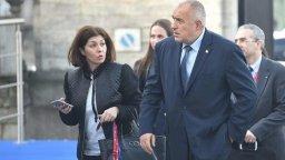 Дясната ръка на Борисов - Севделина Арнаудова, напуска Министерския съвет