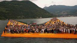 """Филмът за """"Плаващите кейове"""" на Кристо вече е достъпен онлайн"""