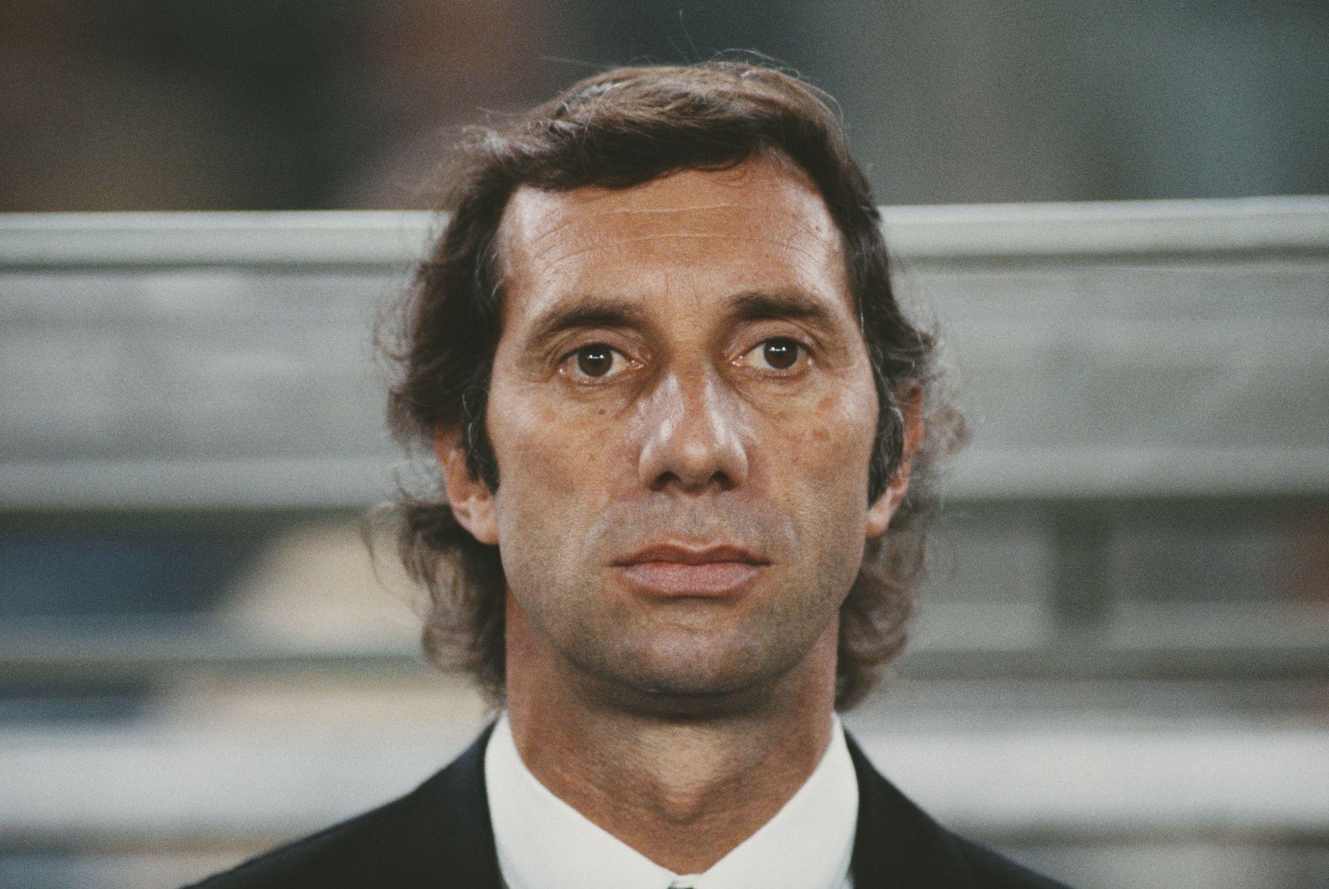 Карлос Билардо, треньорът-световен шампион от 1986-а, загубил позорно на старта на Мондиал 1990. Но въпреки това извел отбора до нов финал, този път - загубен.