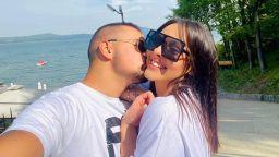 Навръх 24-я си рожден ден дъщерята на Глория представи партньора си на своя баща