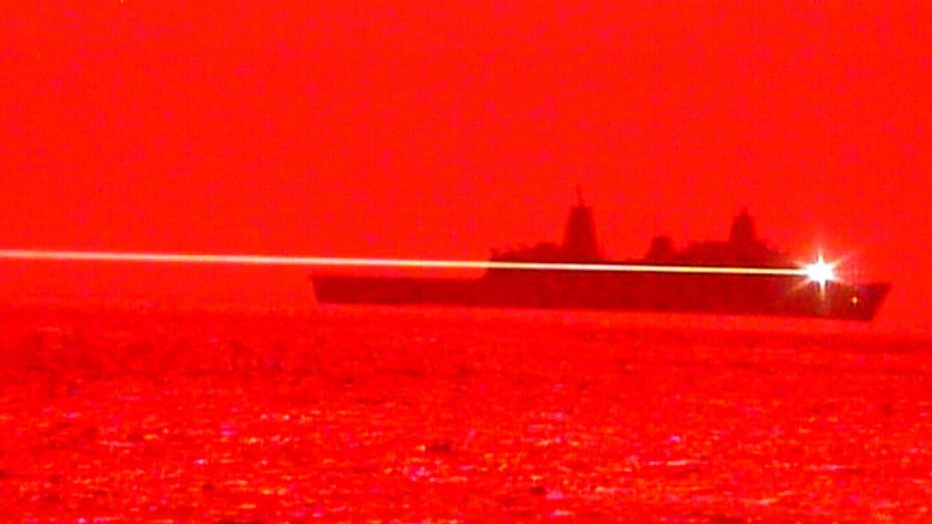 Флотът на САЩ се въоръжи с лазерно оръжие