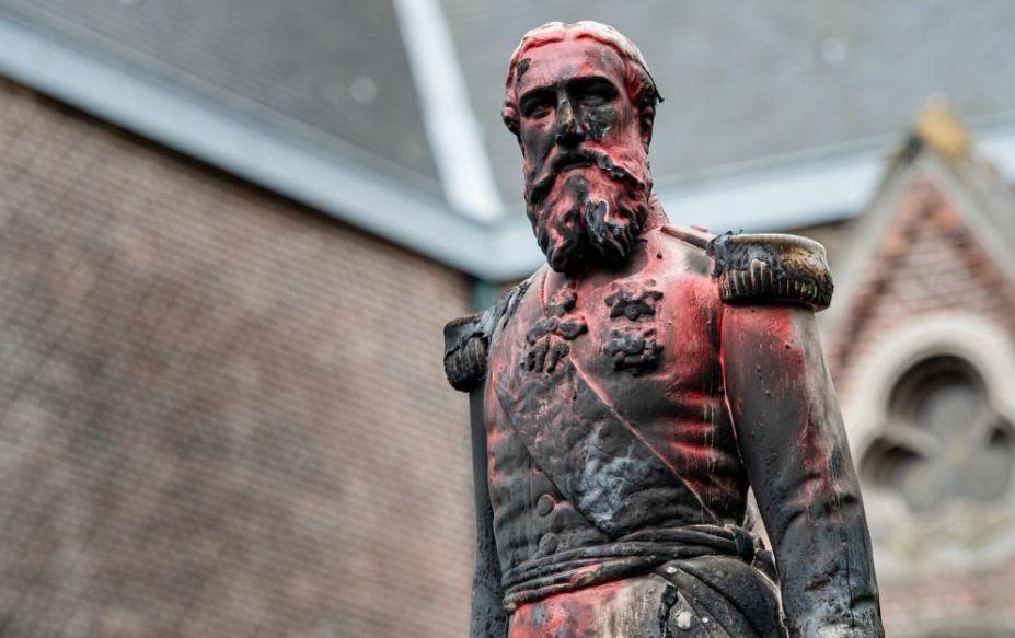 Демонтираният паметник на белгийския крал Леополд Втори