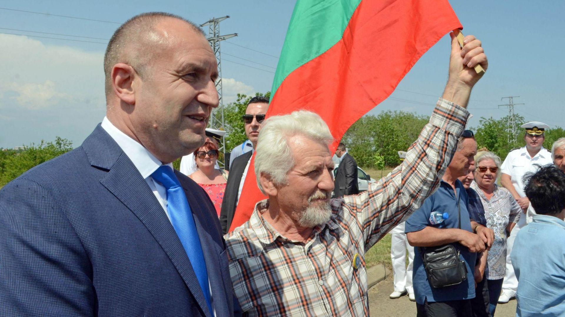Радев смята заявката на Божков за политически проект за несериозна