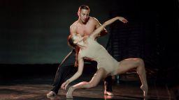 """Музикалният театър кани публиката на концерт-спектакъл с участие на """"Арабеск"""""""