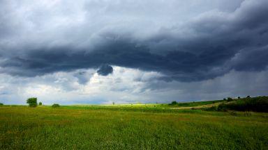 Идат дъждове, гръмотевици и градушки  след слънчевото начало на седмицата