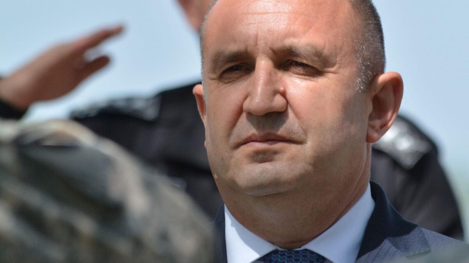 Радев: Изпълнителната власт предлага посланиците, президентът ги назначава