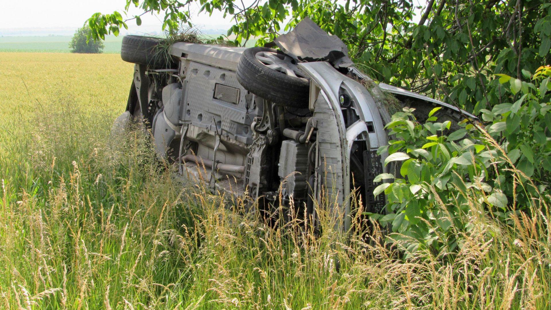 22-годишна шофьорка пострада при катастрофа, станала днес преди обед на