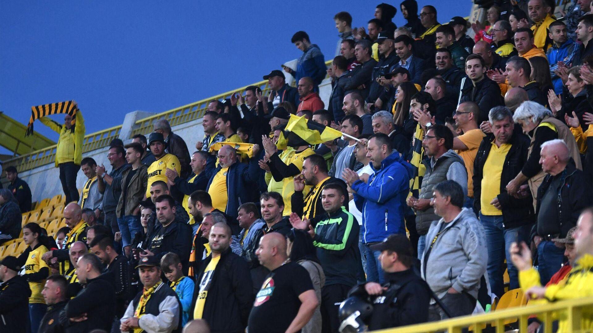 Скандал в Пловдив, феновете на Ботев изгониха новия директор