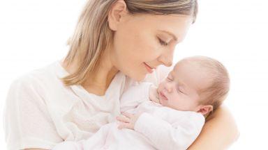 Коя е тайната на идеалната прегръдка за бебета