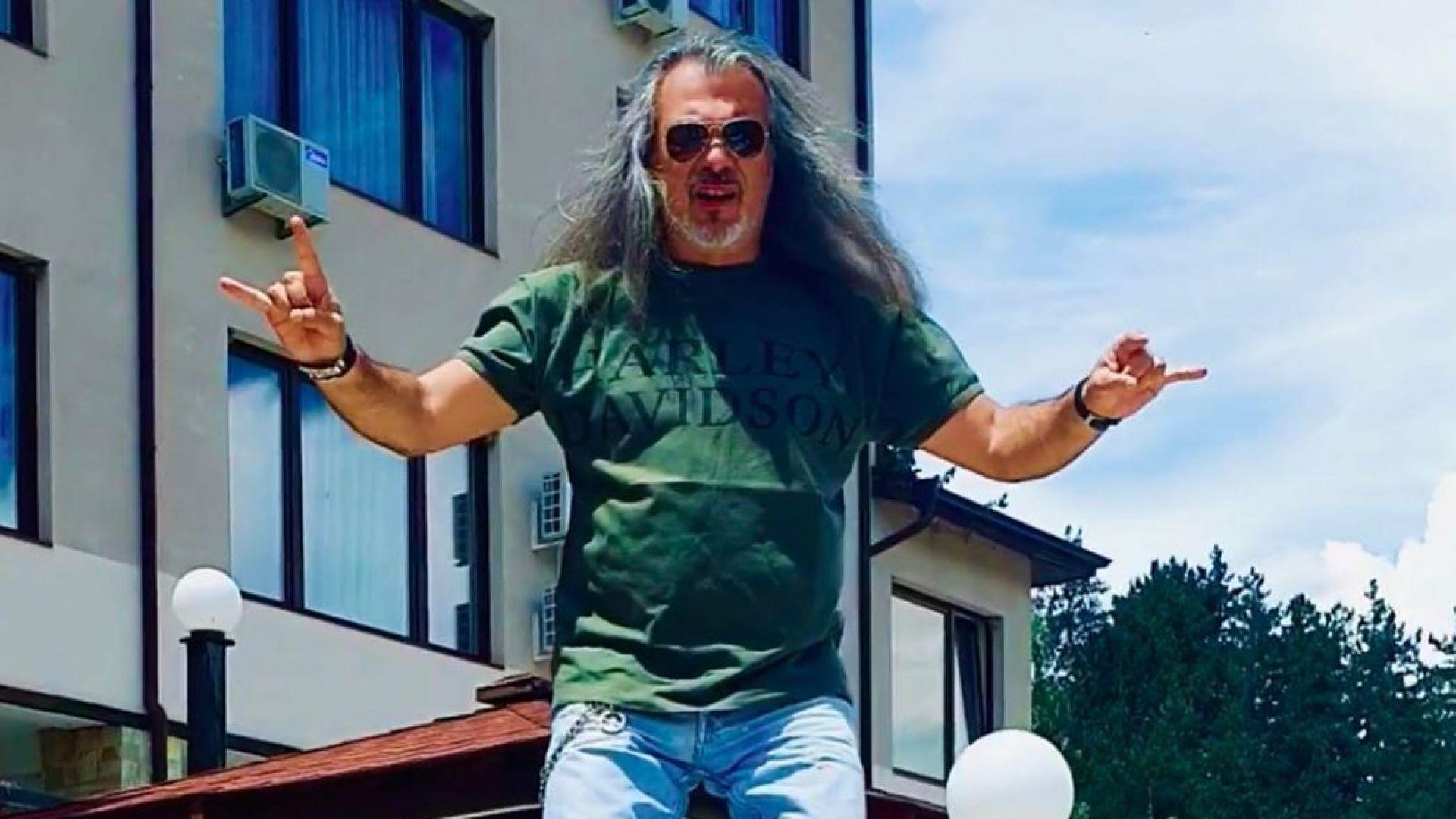 """Маги Халваджиян показа как """"още го бива"""" (видео)"""