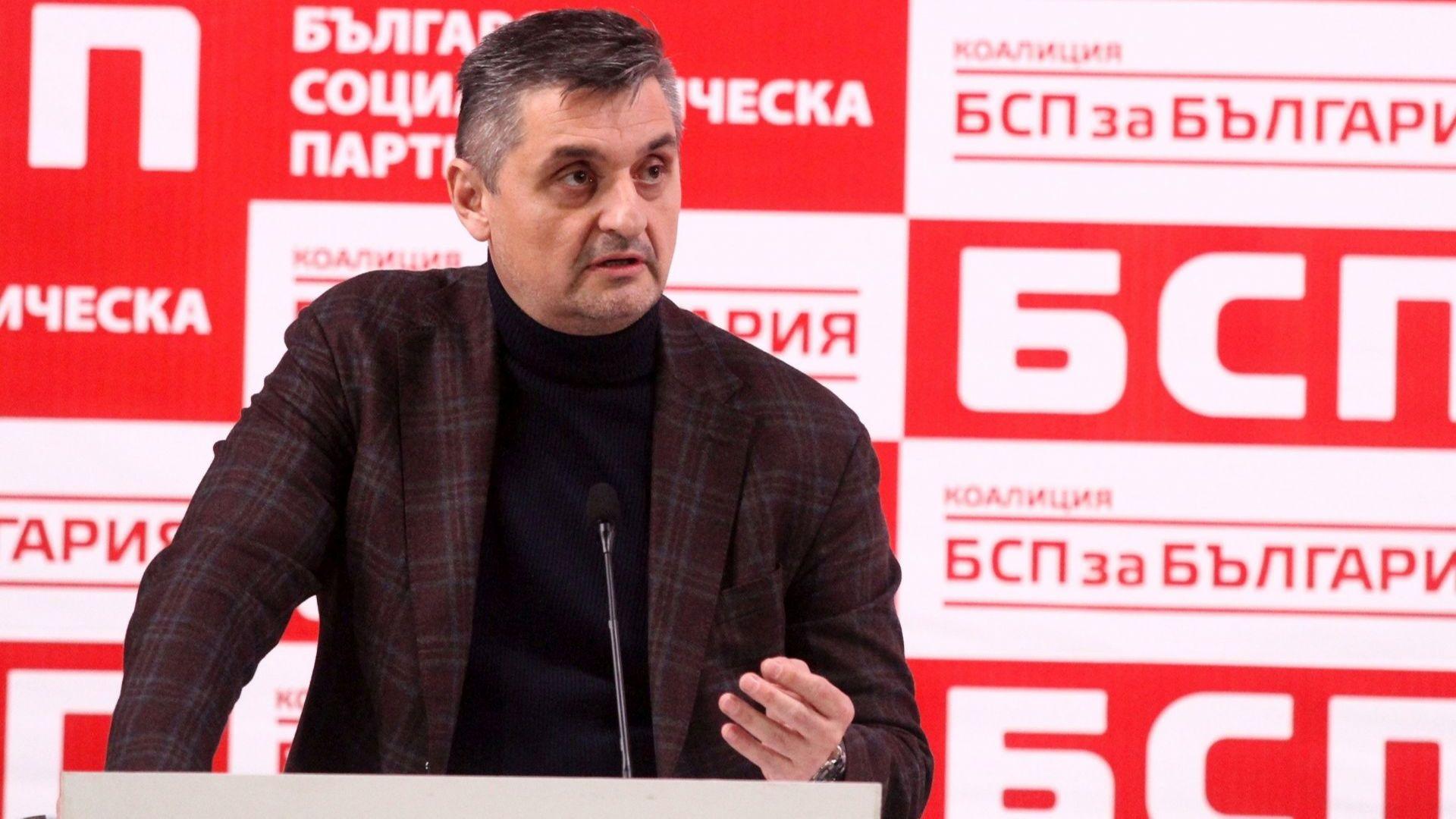 Кирил Добрев: Не приемам разделението, основна задача в политиката е да търсиш единство