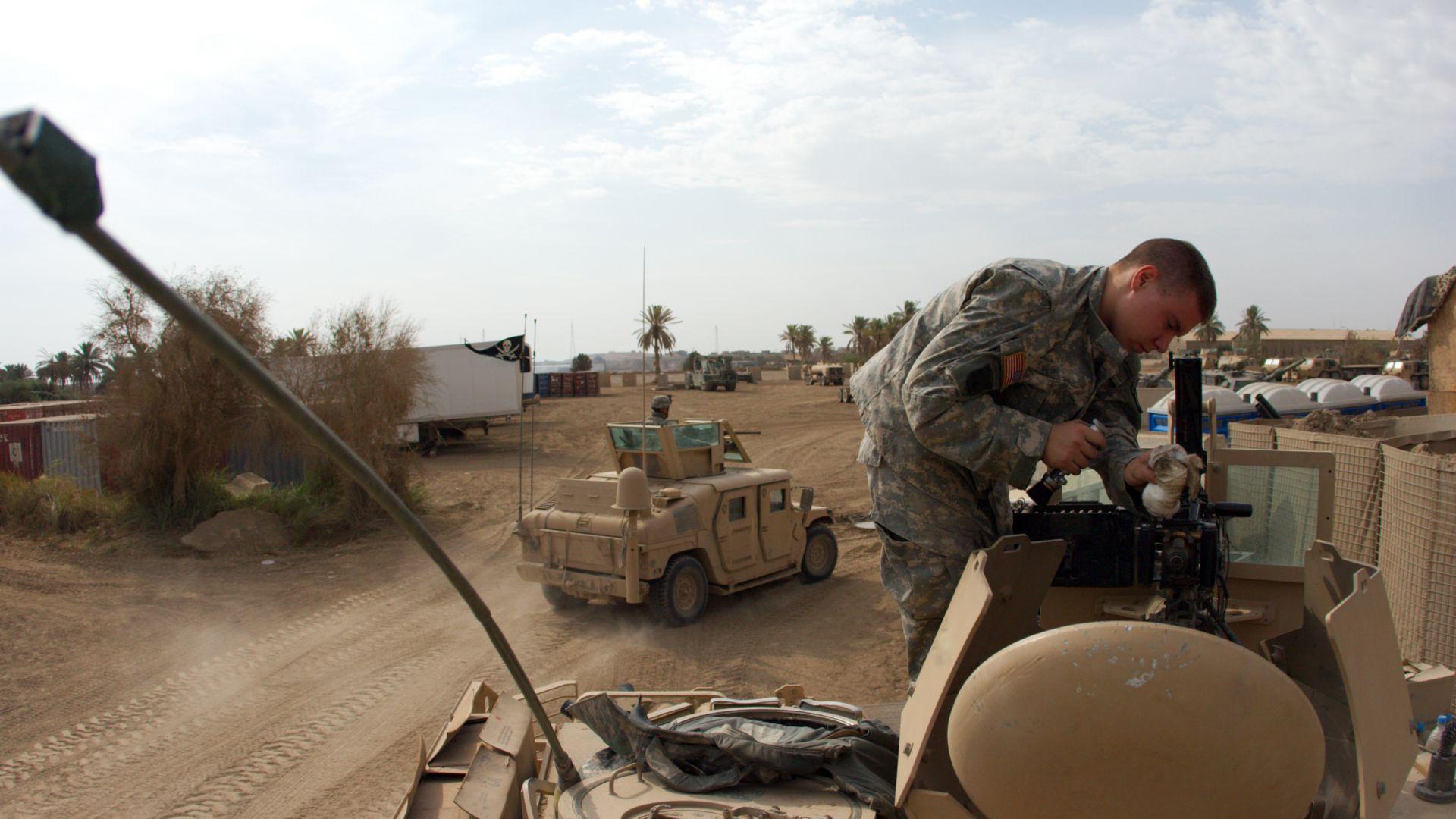 Две катюши поразиха база на водената от САЩ коалиция в Ирак