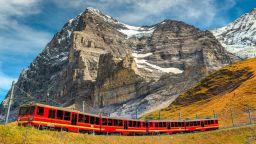 Най-високата железница в Европа или близо до небето над Алпите (ВИДЕО)