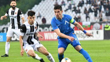 """Капитанът на """"Левски"""" поема към третия в белгийското първенство"""