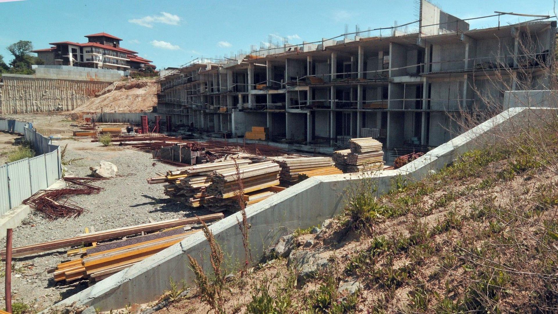 ГЕРБ отстъпи за строежите по морето - пълна забрана до 100 м от брега