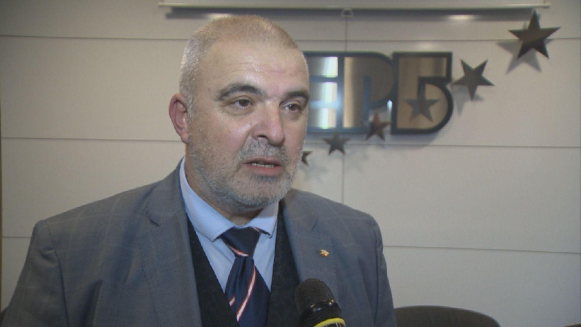 Депутат от ГЕРБ отговори от името на партията на президента