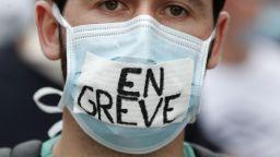 Франция разследва измами за милиони евро по време на коронакризата