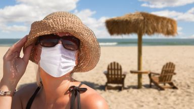 1/3 от българите планират лятна почивка, 53% не ги страх от Covid-19 на плажа