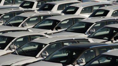 Онлайн продажбите спасили автокъщите от масови фалити