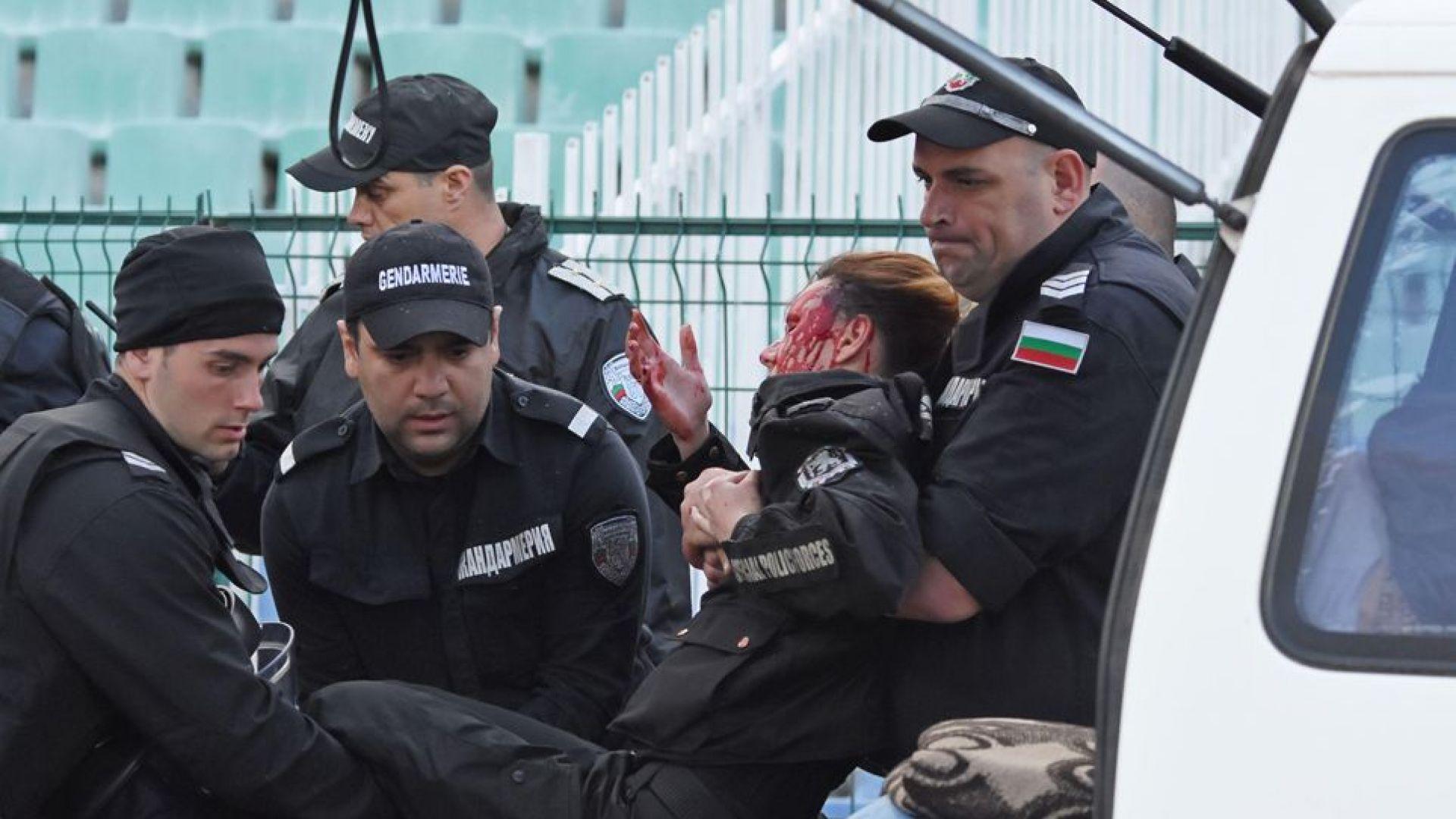 Окончателно: 8 месеца затвор за хулигана, ослепил полицайка на мач