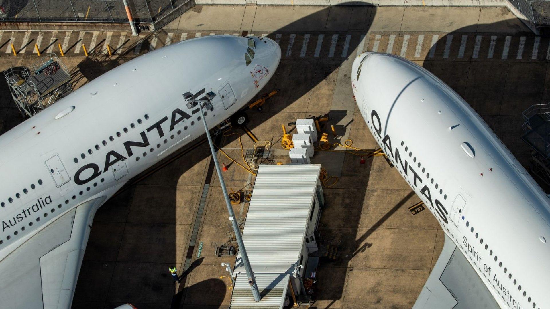 Qantas отмени международните си полети до октомври