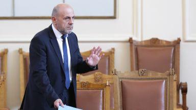 Томислав Дончев: Публичното финансиране има характер на лекарство