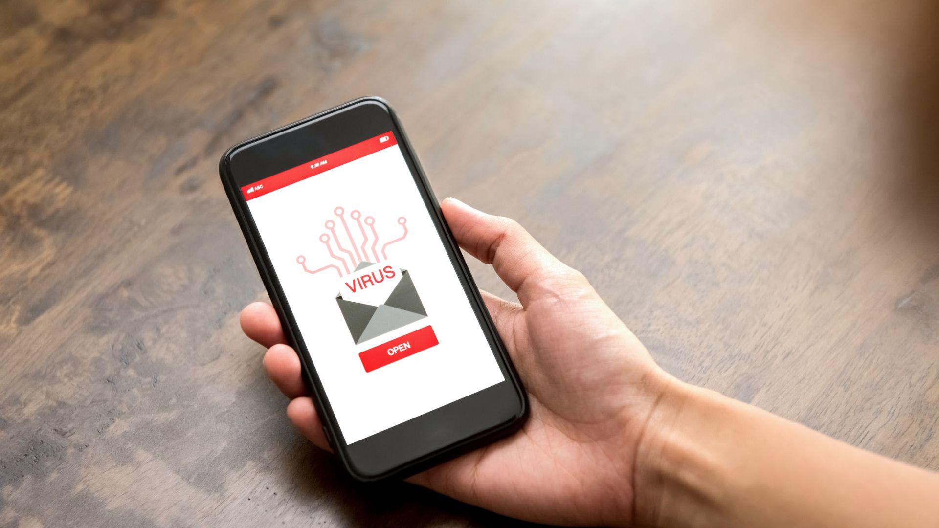 Мобилно приложение за деца изпраща съобщения към секс телефон