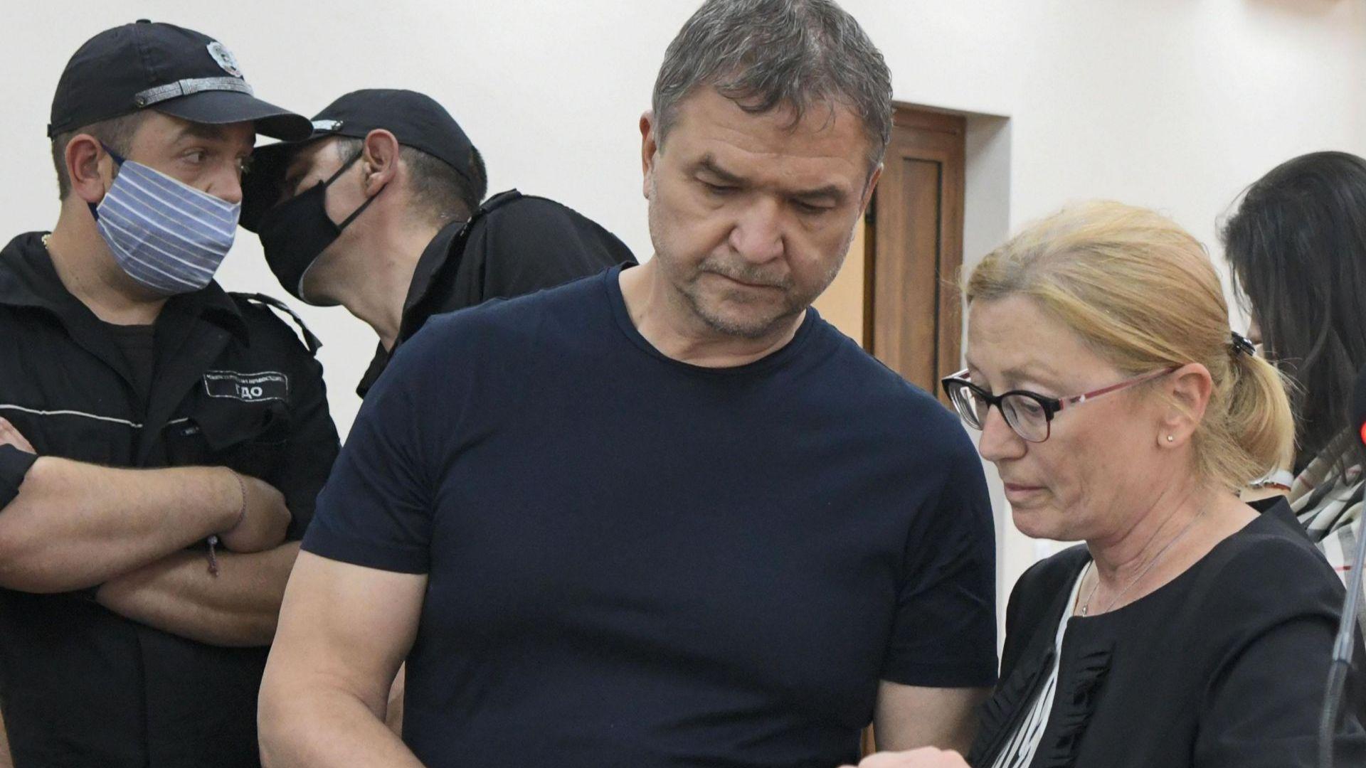 Съдът все пак освободи от ареста Пламен Бобоков срещу платените 1 млн. лева