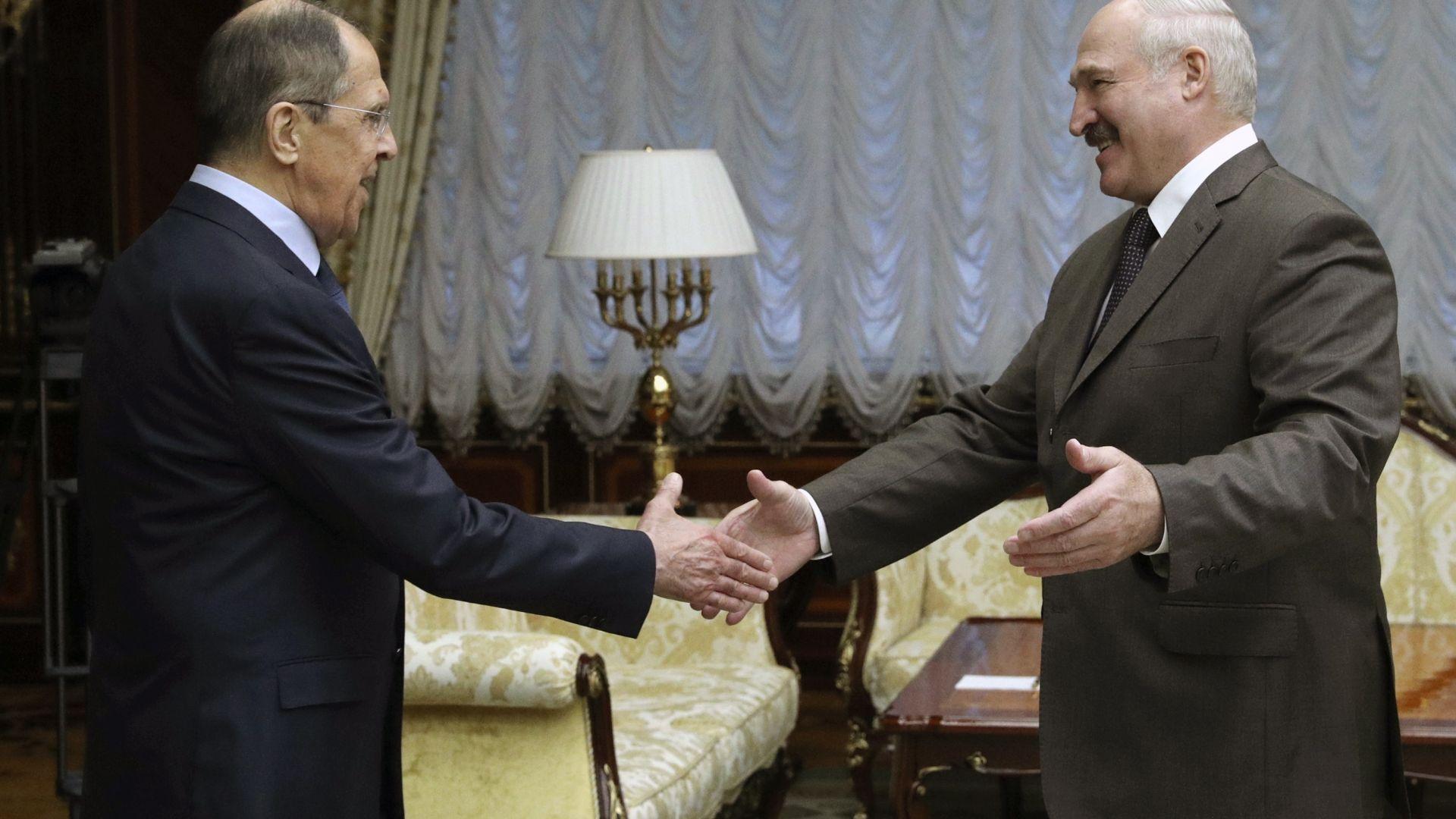 Политическо затопляне между Беларус и Русия след визитата на Лавров