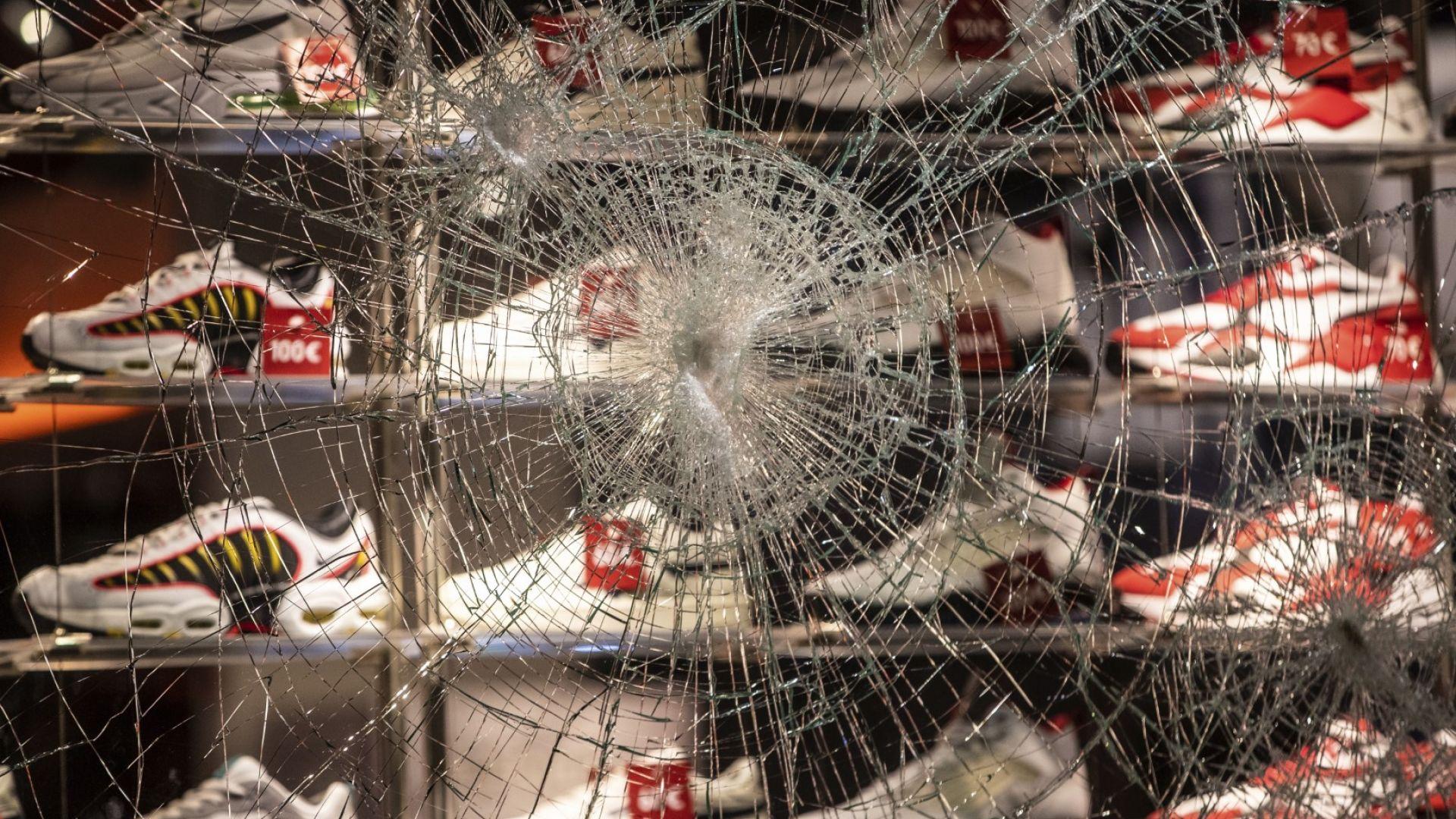 Размирици и плячкосвания: какво се случи в Щутгарт
