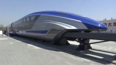 """Китай тества влака """"Маглев"""", развиващ 600 км/ч (видео)"""