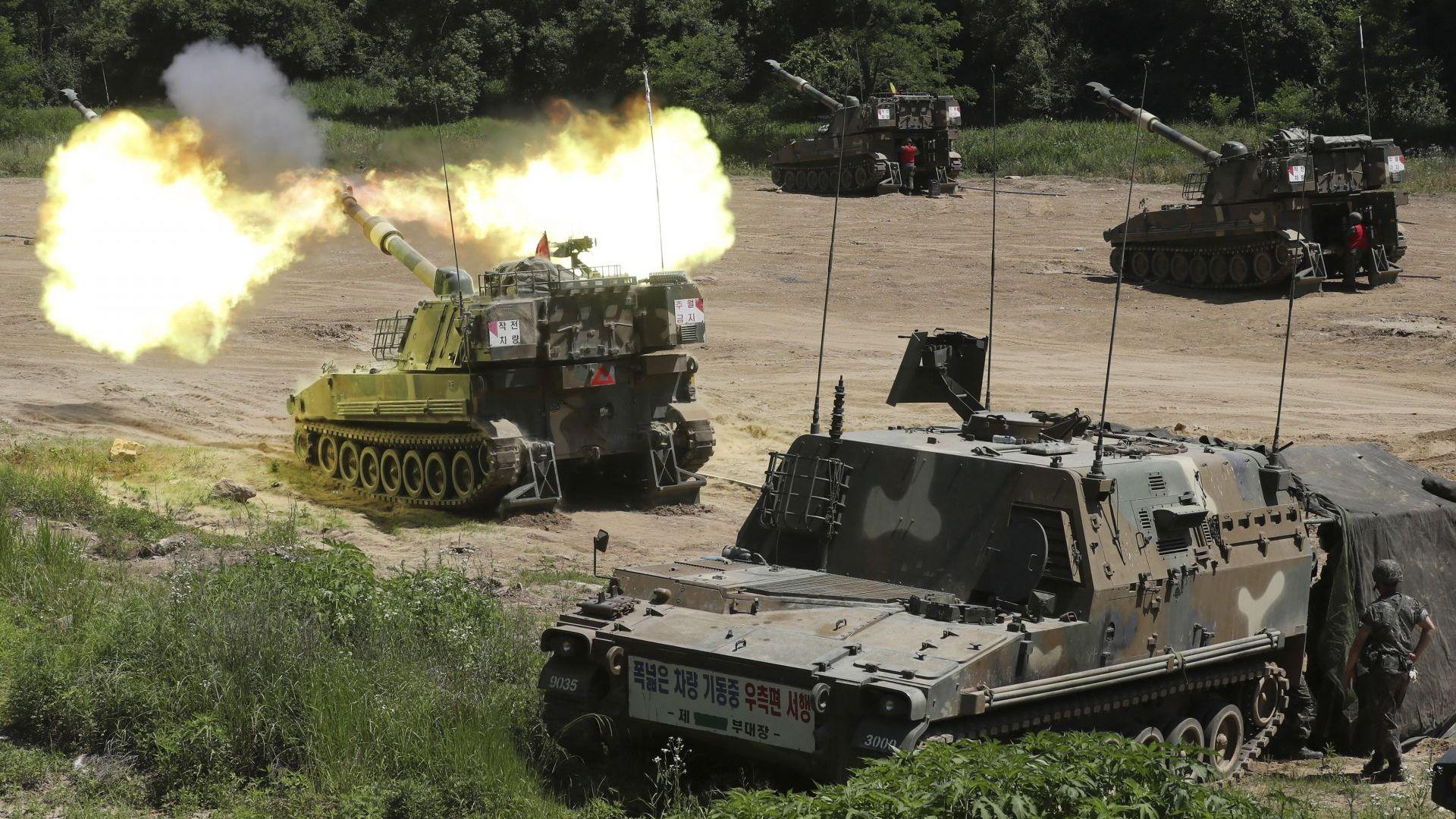 Сеул с учение на границата, Пхенян хвърля над Юга 12 млн. пропагандни листовки