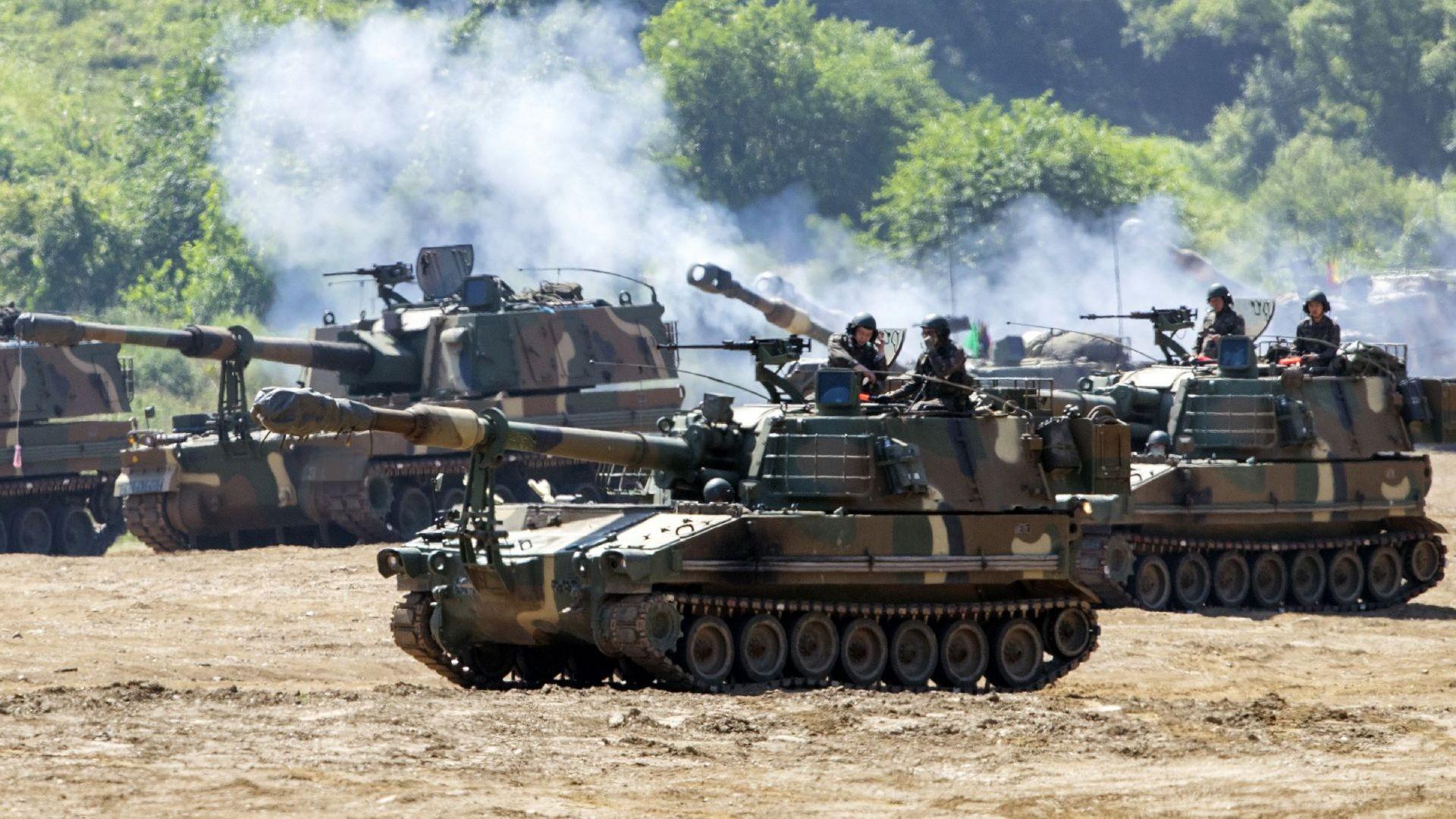 Южнокорейската армия проведе военно учение близо до границата със Северна Корея