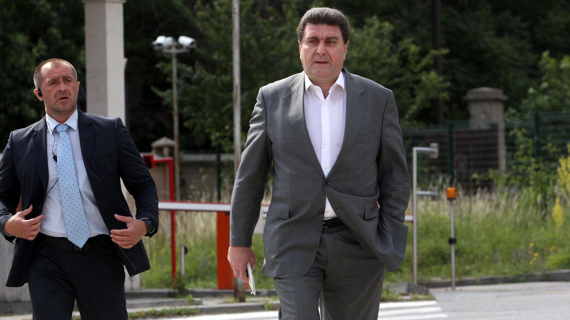 Валентин Златев след разпита в Спецпрокуратурата: Не съм извършил нищо незаконно