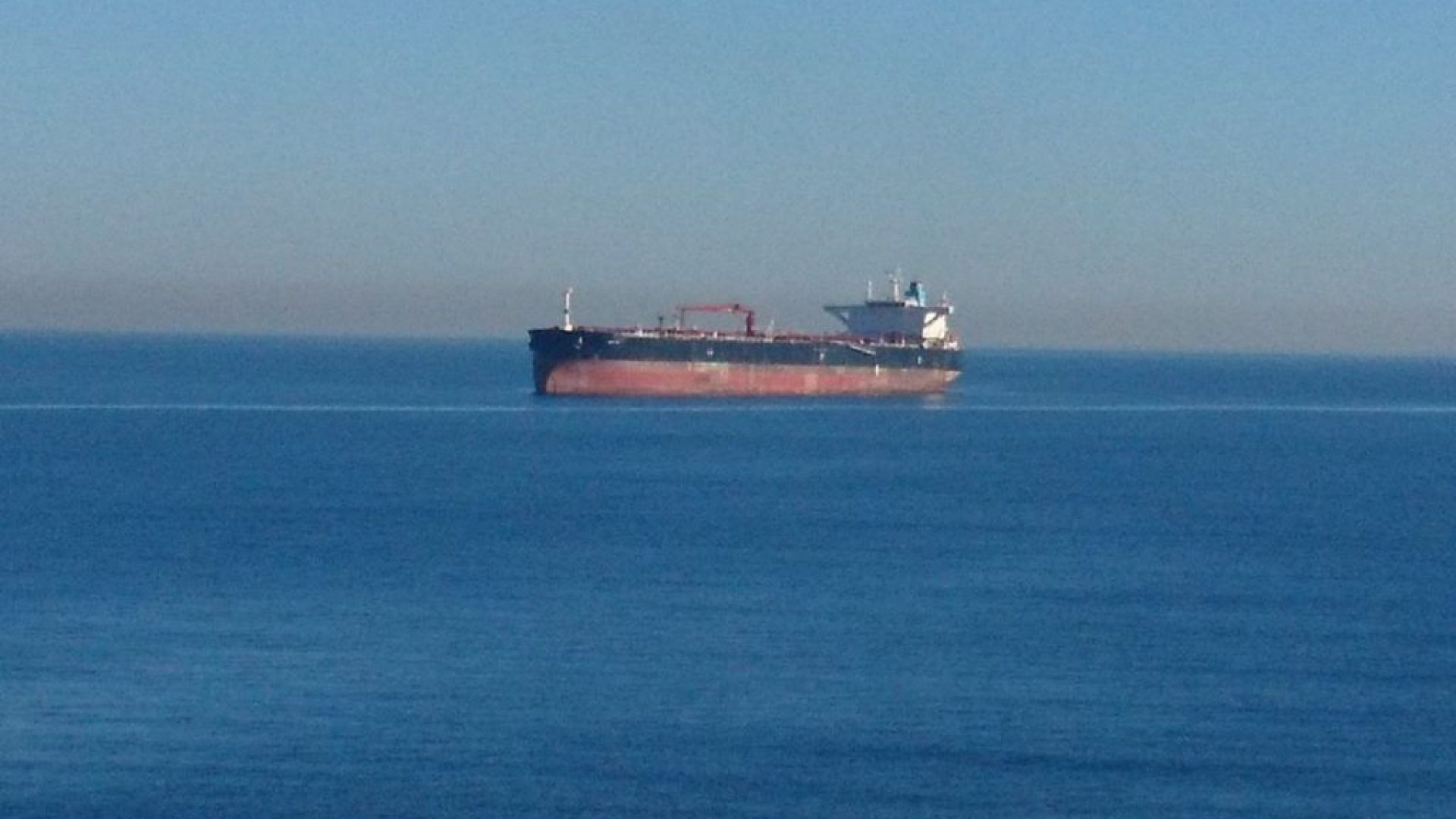 Как танкерът БАДР изплува зад аферата Бобоков-Узунов