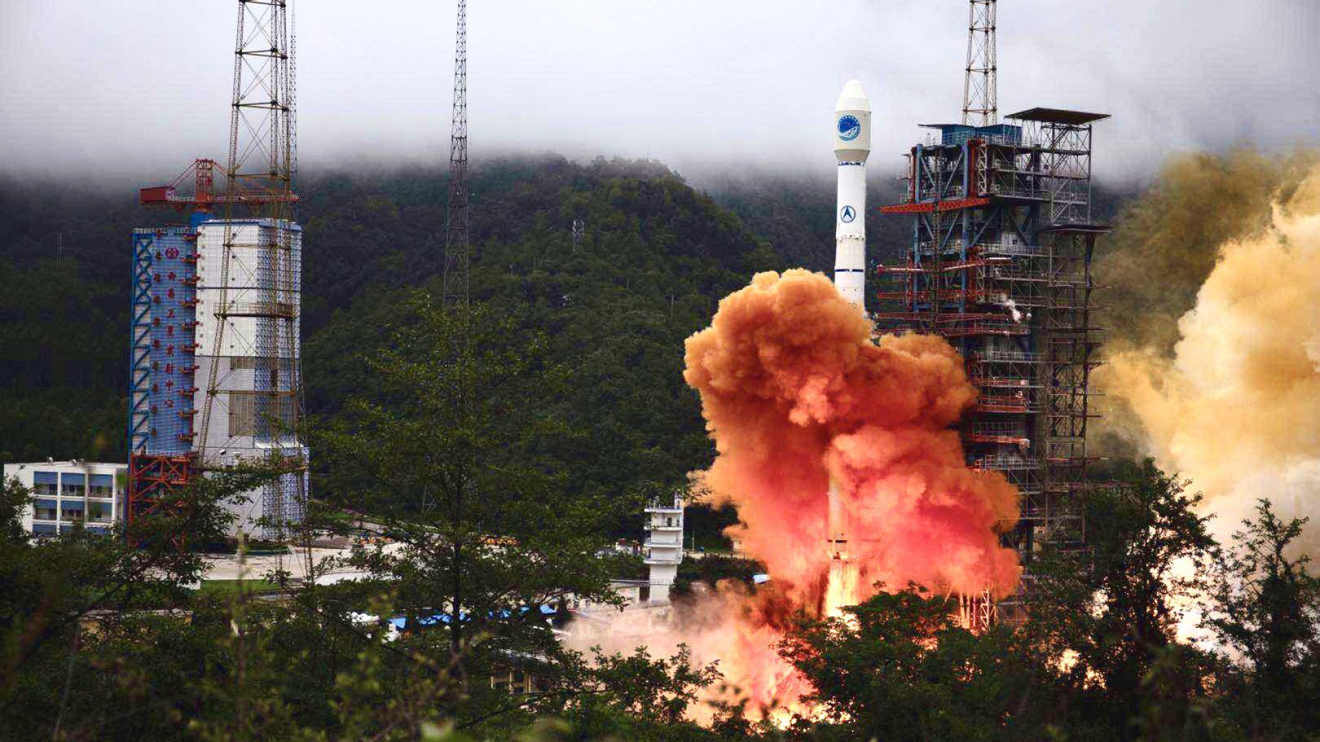 Китай издигна последния сателит от системата BeiDou