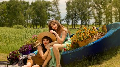 Те са Маравиля - Лилия и Паола за чудото да са майка и дъщеря