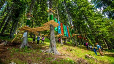 От Пампорово до селфи гледка от върховете в Родопите