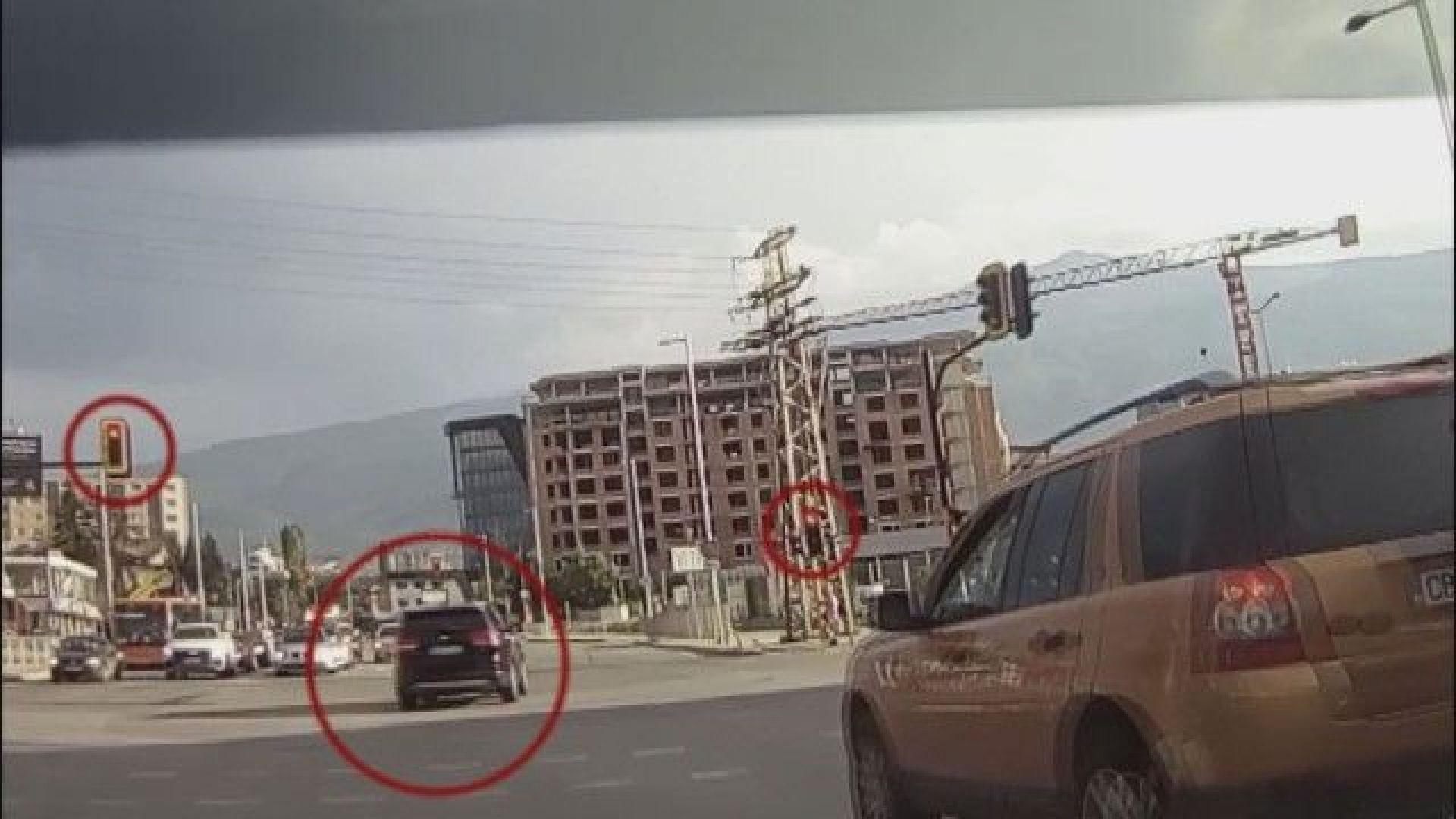 Тити Папазов се сдоби с акт за грубото нарушение на пътя