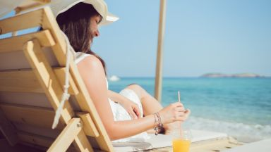 Гърция е напът да спаси туристическия сезон