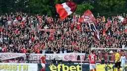 Фенове на ЦСКА към премиера и БФС: Пуснете публика на стадионите!