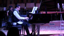 Виртуозът на пианото Людмил Ангелов ви кани на рожден ден с концерт във Facebook