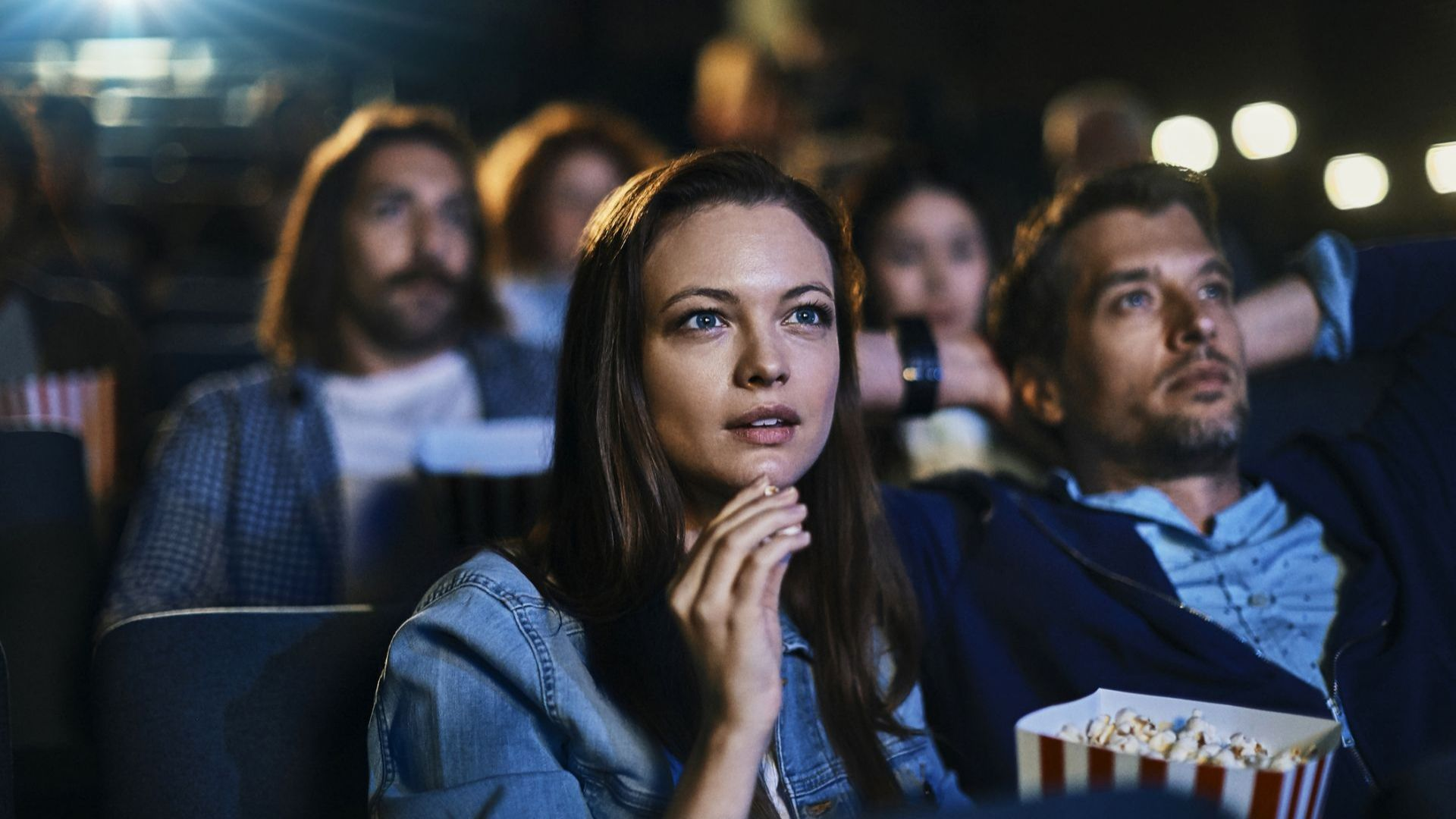 Киносалоните в Лос Анджелис може да отворят врати следващата седмица