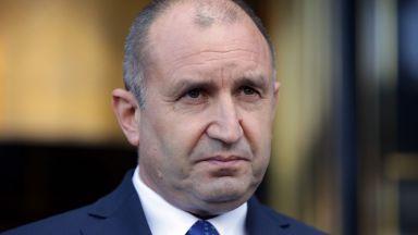 Румен Радев се самоизолира - секретарят Димитър Стоянов е с коронавирус