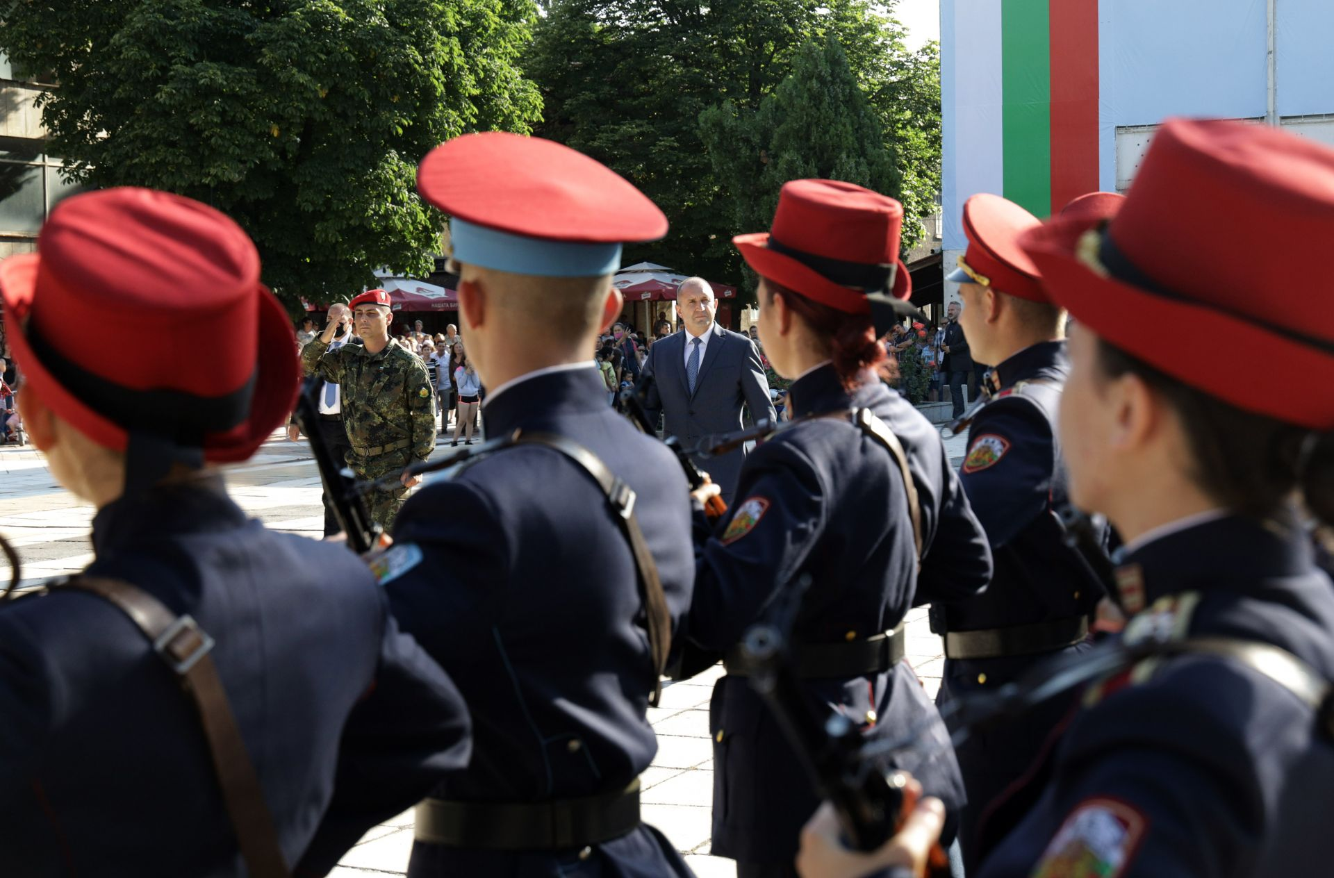 Тържествено посрещане на президента в Каспичан