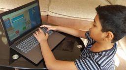 10-годишен постави Гинес рекорд,  реши 196 задачи за минута (видео)