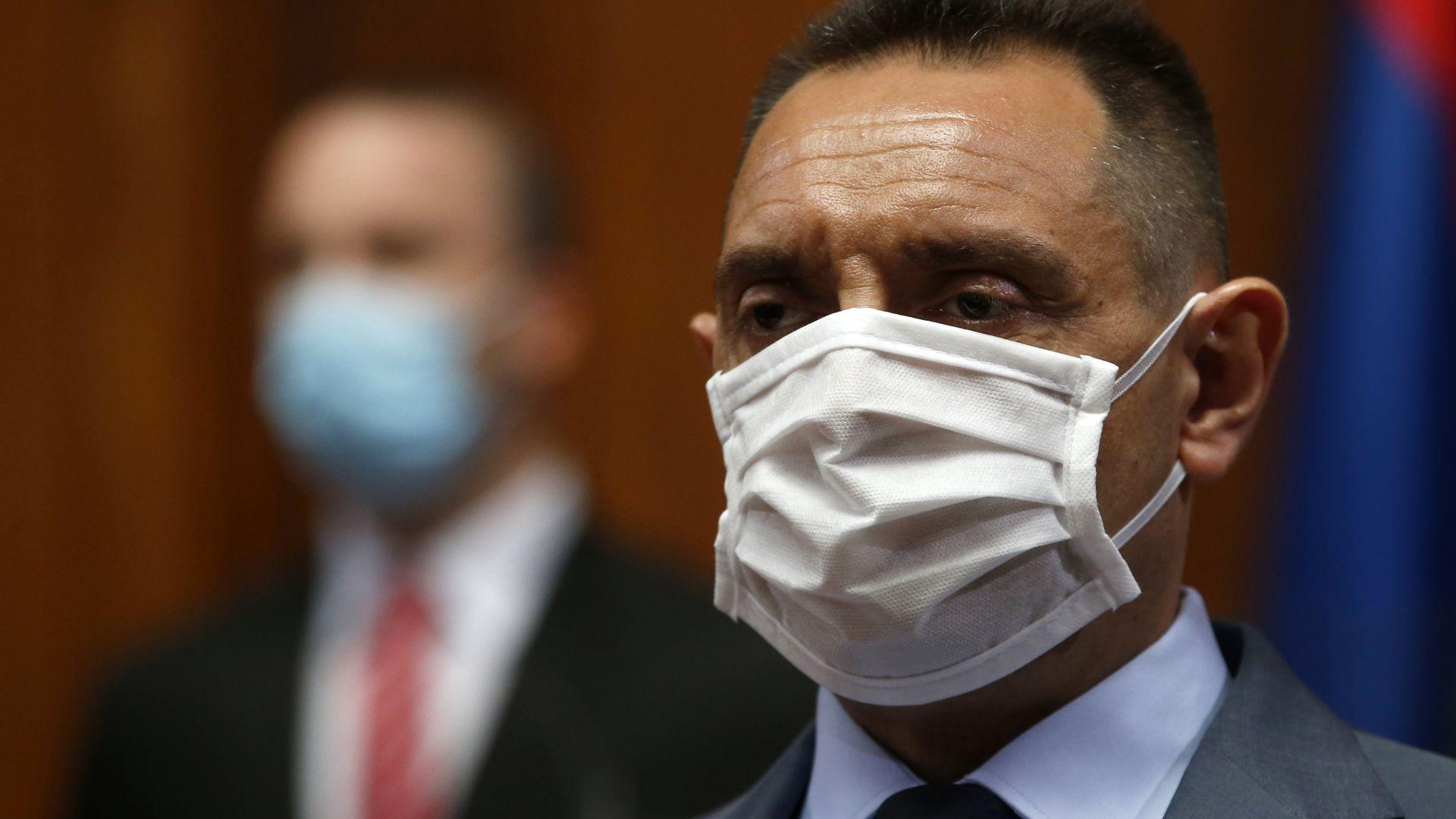 Сръбският министър на отбраната е заразен с коронавирус